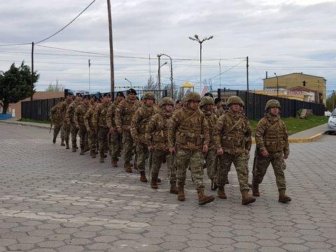 Alicia Kirchner votó con fuerte custodia del Ejército