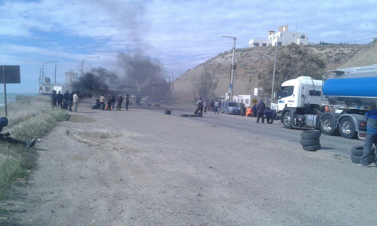 Así fue la represión a municipales de Caleta Olivia