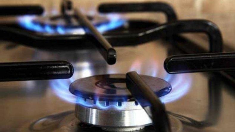 Piden a los usuarios que rechacen el inminente aumento del 40 por ciento — Gas