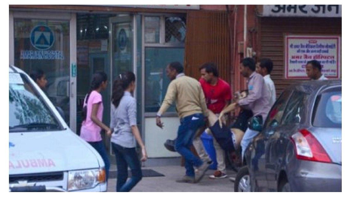 Un turista argentino murió corneado por un toro en la India