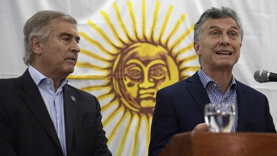 Mauricio Macri suspendió su agenda y dirigiría un mensaje al país