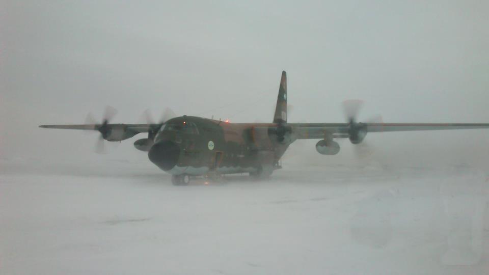 Antártida: trasladaron de emergencia un suboficial con las piernas fracturadas