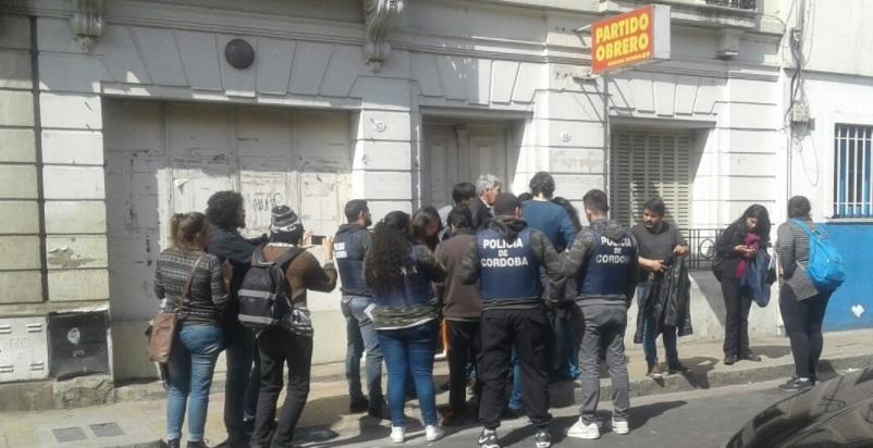 Córdoba: denuncian allanamientos en locales de organizaciones políticas