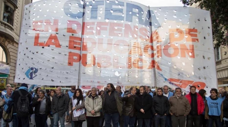 BOLETIN OFICIAL: Un decreto fija nuevas pautas para discutir salarios docentes