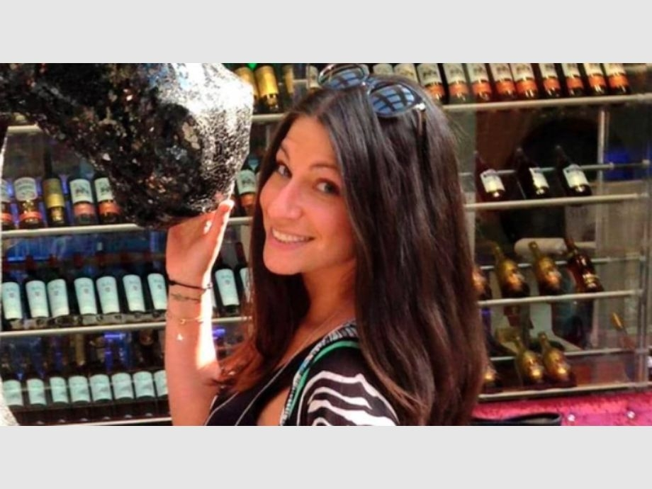 Una mujer borracha obligó a un aterrizaje de emergencia