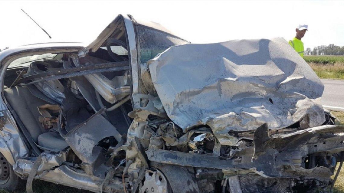 Choque fatal en Junín: dos muertos confirmados y tres heridos graves