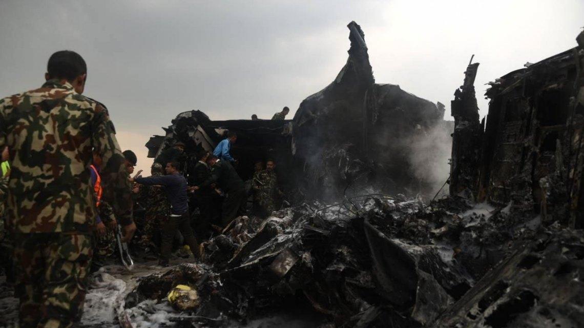 Nepal: 40 muertos y 23 heridos tras accidente aéreo