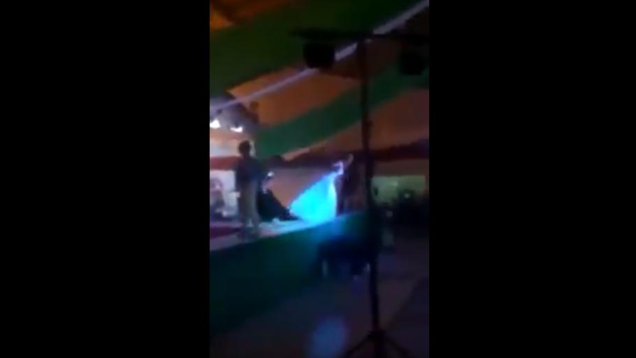 #Video Segundo lugar lanza a ganadora de certamen gay en Durango
