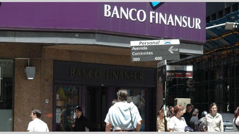 La justicia ordenó liquidar el banco Finansur, de Cristóbal López