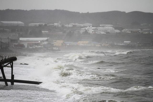 [VIDEO] Fuertes lluvias con tormenta eléctrica se registran en Punta Arenas