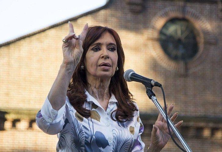 La Justicia federal procesó a Cristina por lavado de activos — Causa Hotesur