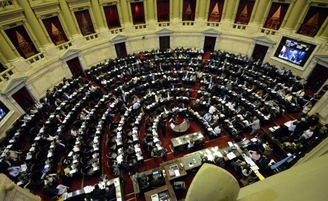 La oposición tendría los votos para frenar hoy el tarifazo en Diputados