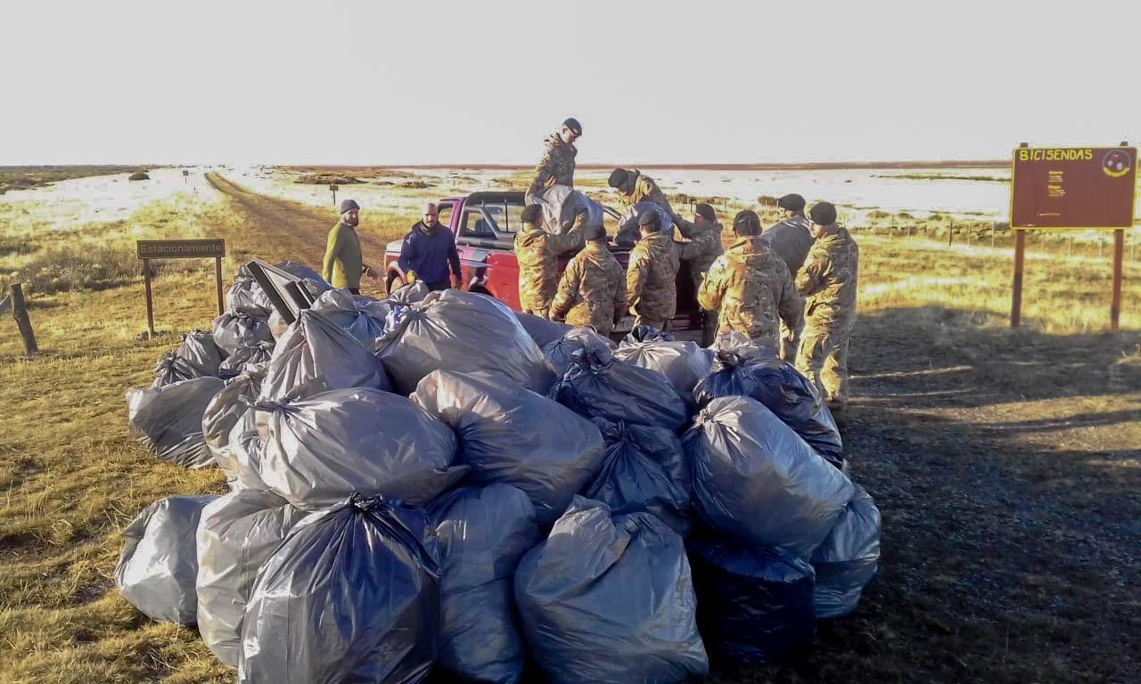 Agencia Ambiental y Ejército realizaron limpieza en la Reserva ...