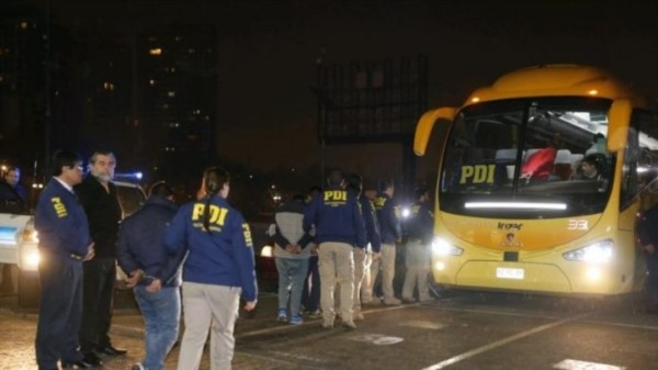 Chile expulsa a 69 bolivianos que cumplían condenas en cárceles