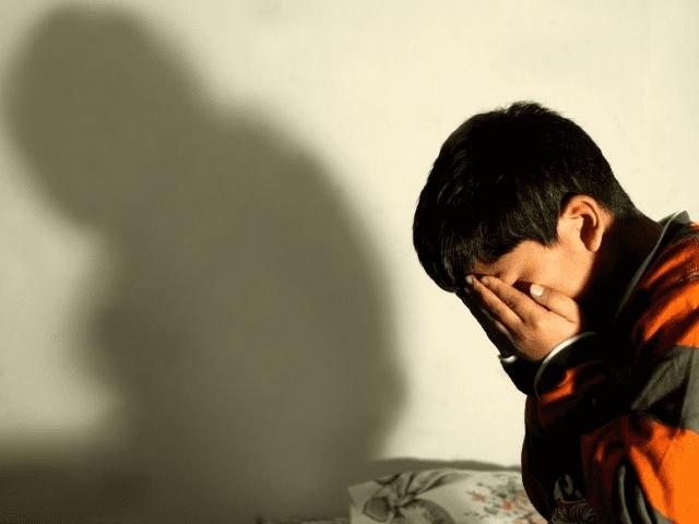 Dos adolescentes violaron a un chico de 13 años