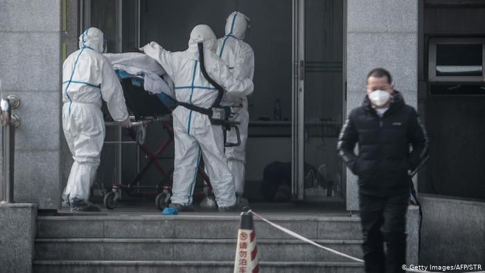 Número de muertos por coronavirus en China asciende a 1770