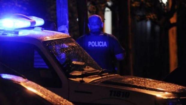 Horror en Flores: degolló a su hija en plena calle y fue detenida