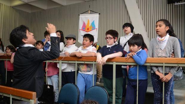 """La Legislatura provincial destacó al Coro Infanto-Juvenil """"Mar de Fueguitos"""""""