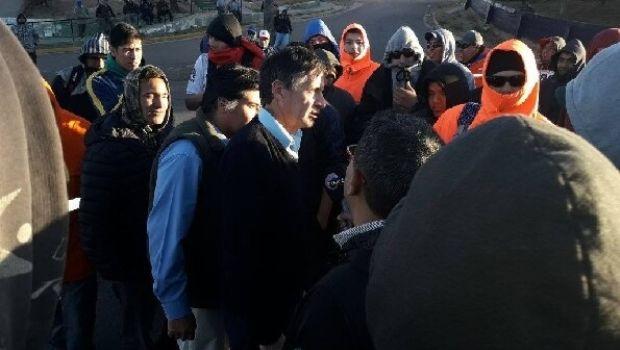 Martínez dialogó con operarios de CPC en piquete y llega a un acuerdo