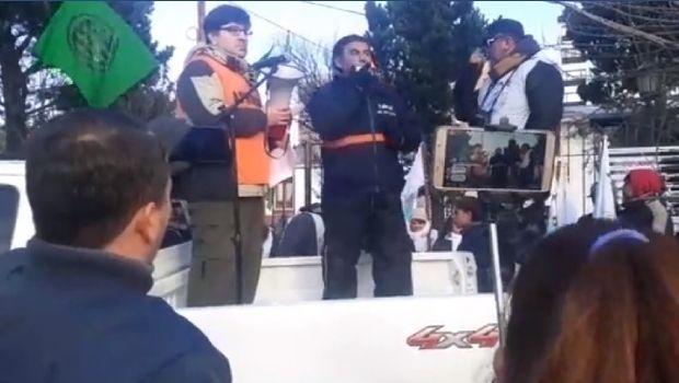 """Pedro Mansilla sobre el paro municipal: """"Nos vamos a ir con plata en el bolsillo o cagados a palos con los milicos"""""""