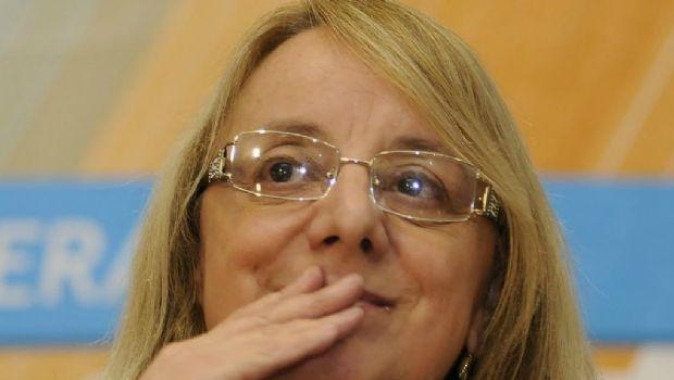 Convocan  por mensajes a la militancia para acompañar a Alicia Kirchner