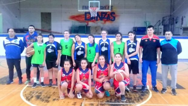 Las chicas del Mosconi se lucieron en el básquet 3x3